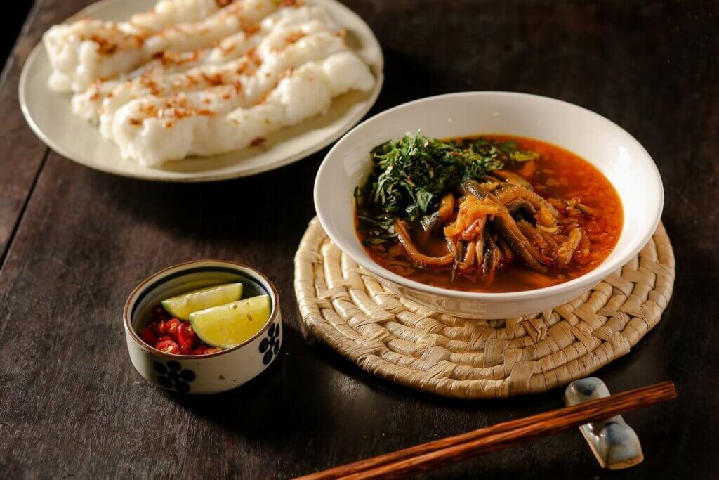 Quán ăn làng ẩm thực 3 cua