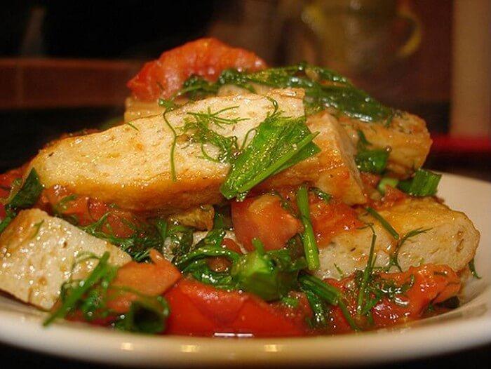 Lợi ích khi ăn cá sốt cà chua